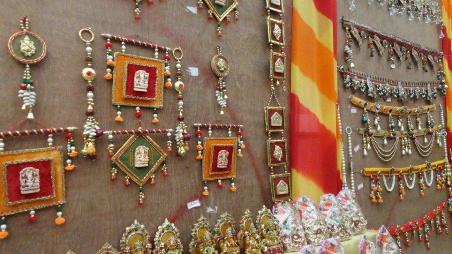 indian-door-hangings-decorations-for-diwali